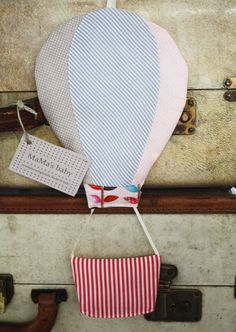 Padded Hot air balloon. Mongolfiera. Nursery decoration. Hang on the door, wall, baby bed...Color: Summer Leaves and taupe dots.