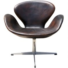 1stdibs - Early Leather Swan Chair by Arne Jacobsen for Fritz Hansen explore items from 1,700  global dealers at 1stdibs.com