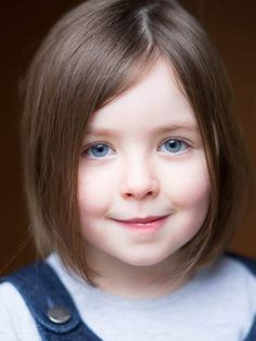 Baby Sybbie has now grown for the new series! In Series 5, Sybbie will be played by this beautiful girl, Fifi Hart.