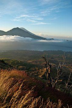 Gunung Batur (Mont Batur) volcano. Kintamani, Bali   by Yves ANDRE, via Flickr