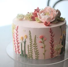 Design on the side of a cake flowers floral spring theme