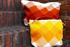 Tapestry crochet summer bag via @Laura Jayson Jayson Jayson Jayson Scott Teje y Maneje