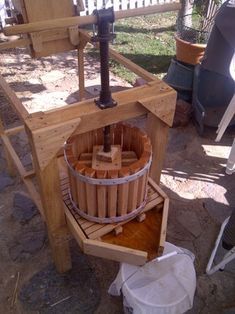 Apple Cider Press With Grinder : 9 Steps (with Pictures) - Instructables Beer Brewing, Home Brewing, Apple Cider Press, Making Apple Cider, Wine Press, Homemade Apple Cider, Homebrew Recipes, How To Make Beer, Craft Beer