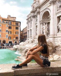 Fontana Di Trevi | Rome | Italy