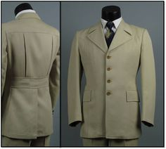 fdee1971d9683 Vintage Mens Suit 1970s Light Tan BELTED BACK NORFOLK Style 4 Button Front  Funky Disco 2 Two Piece Mens Vintage Suit 43 45
