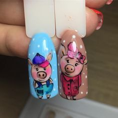 Pig nail art is in a high demand now. The 2019 year is a year of a yellow pig. See the cutest nail designs with this year`s symbol! Pig Nail Art, Pig Nails, Cute Nails, Pretty Nails, Pretty Nail Designs, New Years Party, Hair And Nails, Fails, Ideas