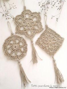 Corda e Crochet Crochet Motifs, Crochet Mandala, Crochet Doilies, Crochet Flowers, Crochet Patterns, Crochet Garland, Crochet Stars, Crochet Decoration, Crochet Home