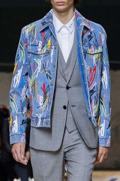 Detalhes // Dior Homme, Paris, Verão 2015 RTW // Foto 44 // Desfiles // FFW