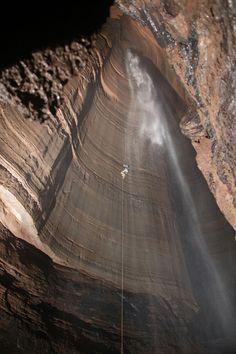 Fantastic Pit (Cave) of Georgia