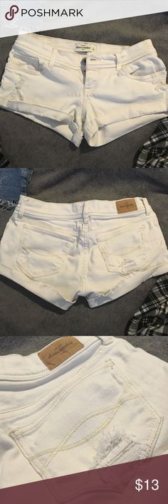 Abercrombie shorts White jean shorts with fraying throughout. Size 16 in kids. Size 0 in juniors Abercrombie & Fitch Shorts