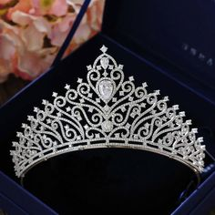 Online Shop Hot European Peacock Bridal Tiara Crystal Wedding hair accessories r. Online Shop Hot European Peacock Bridal Tiara Crystal Wedding hair accessories rhinestone designs Q Bridal Crown, Bridal Tiara, Bridal Jewelry, Pageant Crowns, Tiaras And Crowns, Tatoo Crown, Quinceanera Tiaras, Crown For Women, Head Jewelry