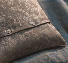 Louis Vuitton Monogram, Pattern, Frankfurt, Bags, Bedding, Handbags, Dime Bags, Bed Linen, Lv Bags