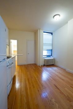New York City Apartment Search 1 Bedroom Rental At E 25th Street Gramercy Park Posted By Lenox Fontaine On