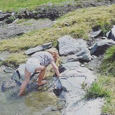 Bergauf in Pampers  #kraxeln #wiaagoas #wasserspielplatz #Kitzsteinhorn #stgeorgalive #pensionstgeorg Instagram, Kaprun, Splash Pad