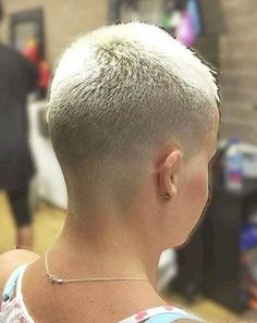 There is Somthing special about women with Short hair styles. I'm a big fan of Pixie cuts and buzzed cuts. Short Blonde, Girl Short Hair, Short Hair Cuts, Short Hair Styles, Pixie Cuts, Blonde Haircuts, Pixie Hairstyles, Cool Hairstyles, Buzz Cut Women