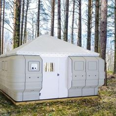 Quite Lite Quick Cabin, portable shelter, easy assembly Tiny House Cabin, Tiny House Living, Tiny House Design, Cabin Homes, Tiny Homes, Camping Survival, Survival Skills, Camping Gear, Camping Hacks
