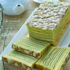 - 300 ml santan - 100 ml susu kental manis Recipes Using Cake Mix, Easy Cake Recipes, Snack Recipes, Dessert Recipes, Cooking Recipes, Snacks, Indonesian Desserts, Asian Desserts, Indonesian Food