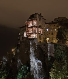 house on the cliff. wow (oh wait... I'VE BEEN THERE!!! Cuenca, Spain)