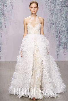 Tendance Robe du mariée  2017/2018  Monique Lhuillier Wedding Dress  Fall 2016  Brides.com