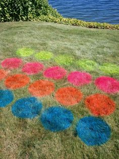 Lawn Twister with neon spray paint. Pool Party Games, Pool Party Crafts, Pool Party Activities, Pool Party Kids, Summer Pool Party, Kid Pool, Beach Party, Lawn Games, Summer Fun