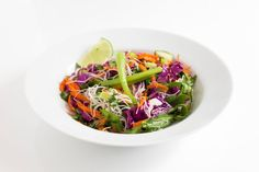 Healthy asian cabbage salad | Healthfully Ever After #recipe #meatless