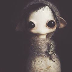 This creepy and lovable at the same time and would be a wonderful character (Mahlimae Art Doll)