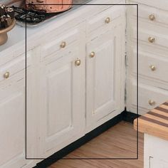 The Kitchen Collection - 3 Inch Base (Stove/Sink)