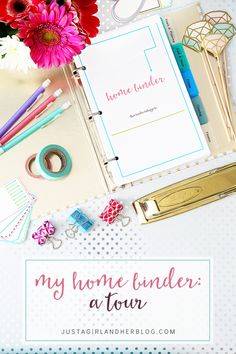 Love all of the beautiful organizational printables in this home binder! I am going to be so organized this year! Click through to the post to snag yours!
