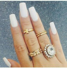 Love the squared nails. White is so in too ♥