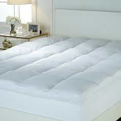"""Concierge Collection 4"""" Gusset Featherbed with Skirt - Full"""