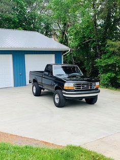Classic Pickup Trucks, Ford Pickup Trucks, Jeep Cars, Jeep Truck, Ford Lighting, Future Trucks, Lifted Cars, Kenworth Trucks, E30