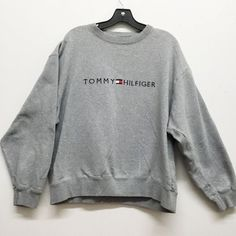Sweatshirt crewneck jumpers 15 Ideas Source by Tommy Hilfiger Outfit, Tommy Hilfiger Sweatshirt, Hoodie Sweatshirts, Pullover Hoodie, Sweater Hoodie, Hoodies, Crew Neck Sweatshirt, Sweatshirt Outfit, Cute Comfy Outfits