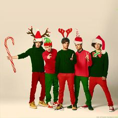 One Direction Christmas. ♥ (niall horan,zayn malik,liam payne,one direction,harry styles,louis tomlinson,christmas,thanksgiving,british,boy band)