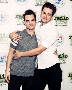 Awww!!! #Panic! At The Disco #Dallon Weekes #Brendon Urie