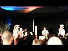 """Singing the song of our people Dallas Con 2013 - """"Carry On Wayward Son"""" Karaoke"""