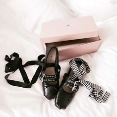 Cheyanne Sorelle: MIU MIU Ballerina Flats Edition SS16