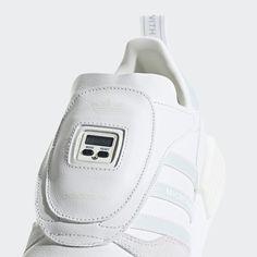 4a0f32b6edc3c Chaussure Micropacer x R1 Cloud White   Ftwr White   Grey One G28940 Cuir