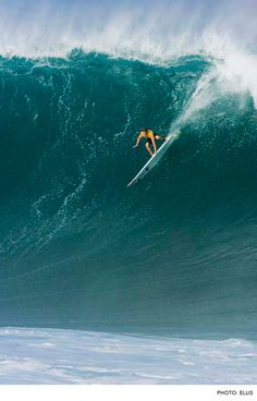 Mark Healey, Waimea Bay. Photo: Ellis