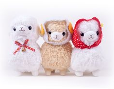 Makiba Pasture Alpacasso Giant Plush | LoveJojo.com