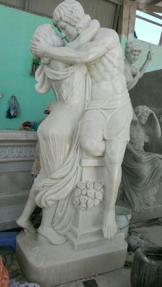 Marble classic statue. pls contact danang.marble@yahoo.com or visit danangmarble.com.vn for order or more information.