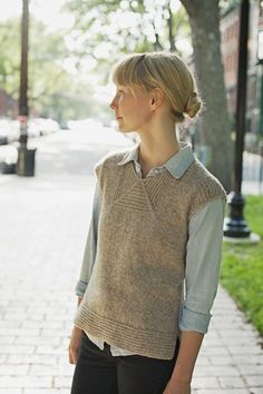 BOARDWALK  LAYERING TOP WITH MITERED NECK DETAIL    by Heidi Kirrmaier