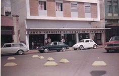 Vw Karmann Ghia TC ... - Antigos Verde Amarelo    Vw Karmann Ghia TC preto? protagonizando no trânsito com seu perfil de Porsche. guilhermedicin@hotmail.com
