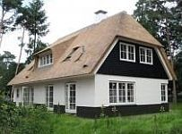 Belgian Style, Thatched Roof, House Roof, Classic House, Home Builders, Country Life, Future House, Luxury Homes, Beautiful Homes