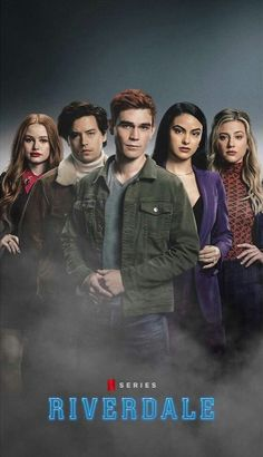 Riverdale Poster, Bughead Riverdale, Riverdale Aesthetic, Disney Phone Cases, Betty And Jughead, Archie Andrews, Cheryl Blossom, Netflix Series, Memes