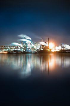 insight-imaging Hamilton Steel Geography Classroom, Hamilton Ontario Canada, Dundas Ontario, Fire Works, Great Shots, Bright Lights, Steel, Landscape, City