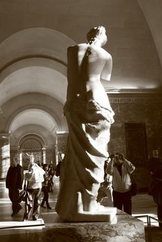 Fotografía: Angel Clemente Veloz Greek, Statue, Venice, Rome, Pompeii, Versailles, Vacations, Greece, Sculptures
