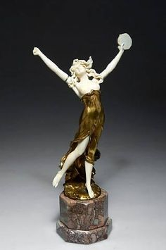 Dancer with tambourine. About 1900. Ferdinand Preiss is regarded as one of the leading ivory carvers of the Art Deco scene. His ivory-bronze carvings are among the most costly in the world