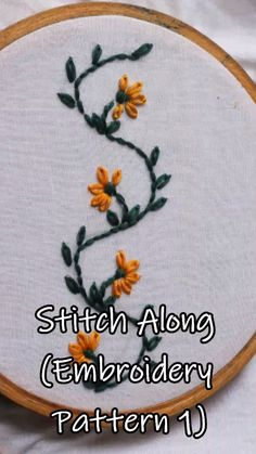 hand embroidery stitches tutorial step by step Hand Embroidery Videos, Embroidery Flowers Pattern, Embroidery Stitches Tutorial, Embroidery On Clothes, Learn Embroidery, Crewel Embroidery, Embroidery Hoop Art, Embroidery Ideas, Funny Embroidery