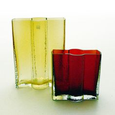 "NANNY STILL - Glass vases ""Railo"" for Riihimäen Lasi Oy 1973, Finland. Glass Design, Design Art, Be Still, Modern Contemporary, Vases, Glass Art, Retro Vintage, Ceramics, Antiques"