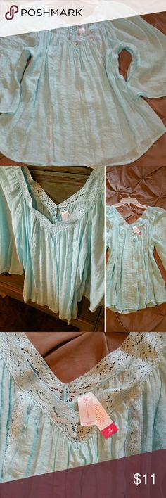 c6164d056cad58 No Boundaries Mint Turquoise top shirt Size - M - Light weight flowy loose  fitting top